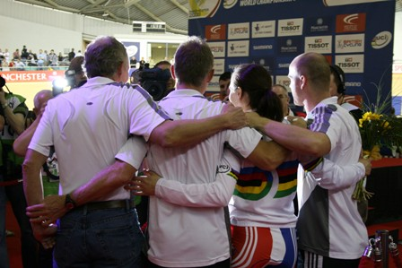 Vicky Pendleton and her coaches, Manchester 2008